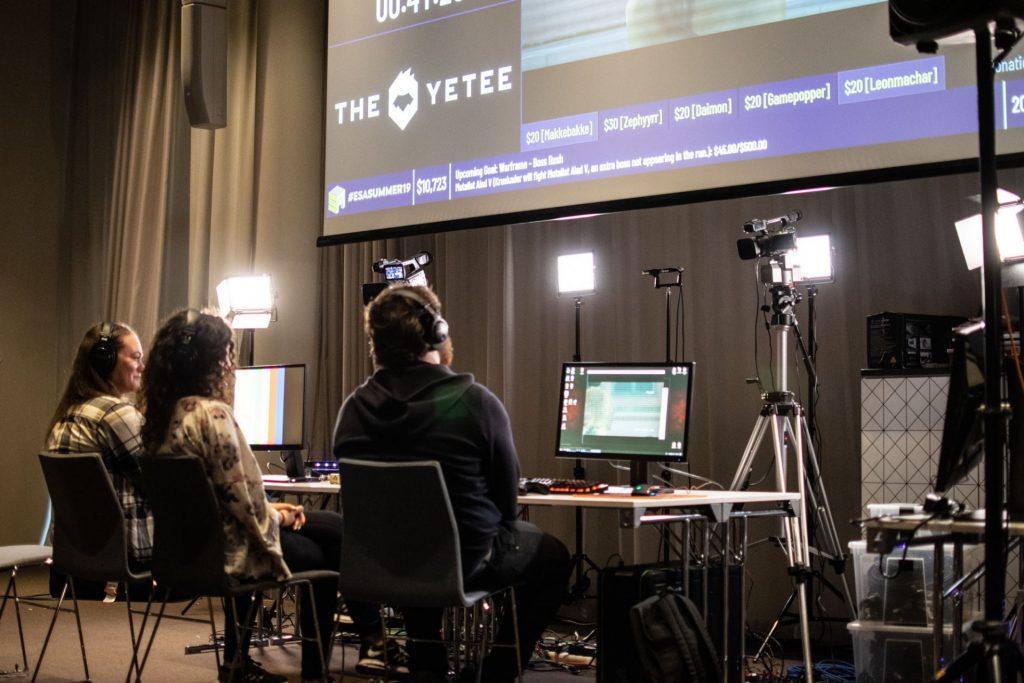 Speedrunners streaming their run during ESA19.